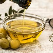 The Spanish oil Oro Bailén Picual is the best extra virgin olive oil in the world